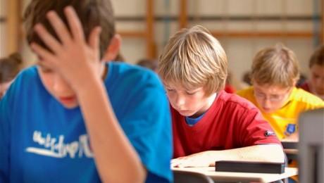 Vardarbība skolās kļūst nežēlīgāka