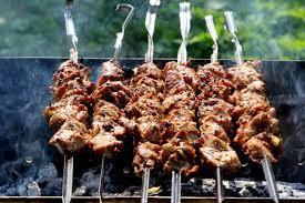 Kā pareizi grilēt gaļu?